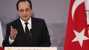 French President François Hollande at Istanbul's Galatasaray University