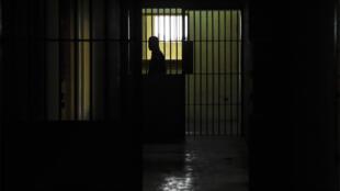Сотрудник ФСИН, подозреваемый в применении пыток к заключенному, задержан