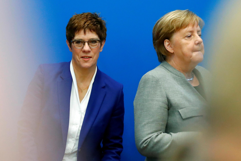 Annegret Kramp-Karrenbauer y Angela Merkel en Berlín, 10 de febrero de 2020.