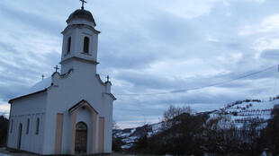 Daybreak in Zarozje, no sign of vampires
