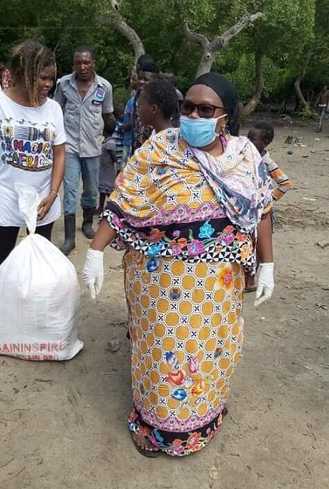 United Green Movement secretary general Hamisa Zaja on face mask aid in distributing relief food to vulnerable families in Mombasa during Covid-19 pandemic.