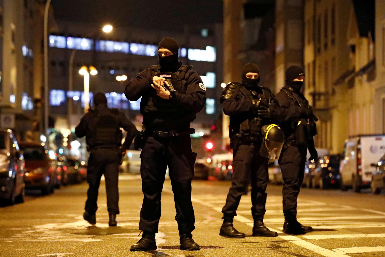 Cảnh sát đặc nhiệm Pháp tham gia cuộc truy lùng kẻ khủng bố tại Strasbourg, Pháp. Ảnh chụp ngày 13/12/2018.