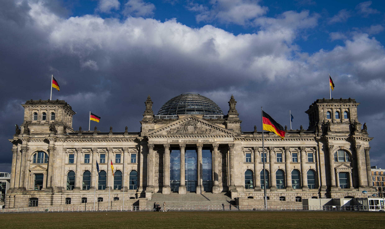 Vista del principal edificio del Bundestag (Parlamento) alemán