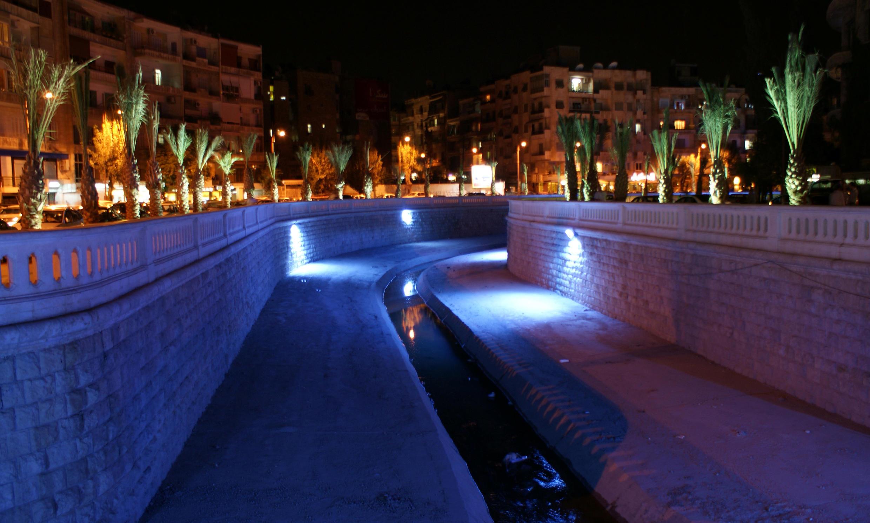 شهر حلب در شب