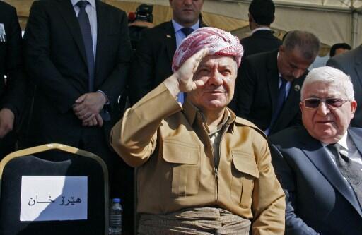 La confrontation avec Bagdad affaiblit le président du Kurdistan irakien Massoud Barzani (g), ici le 6 octobre 2017.