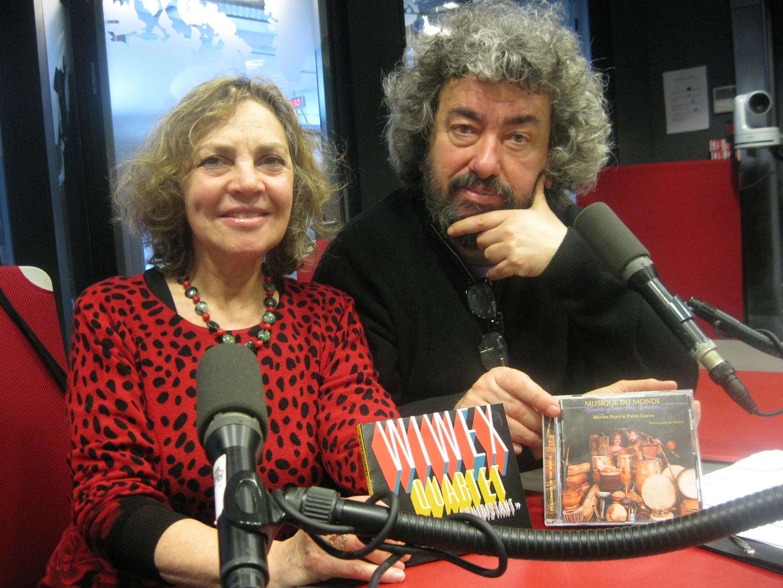 Mirtha Pozzi y Pablo Cueco en los estudios de RFI