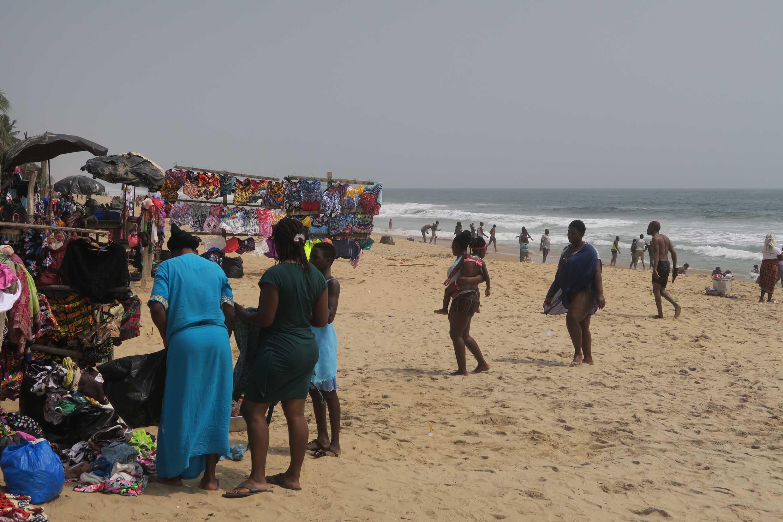 La plage de Grand-Bassam, station balnéaire proche de la ville d'Abidjan, en Côte d'Ivoire, en 2020. (Photo d'illustration)
