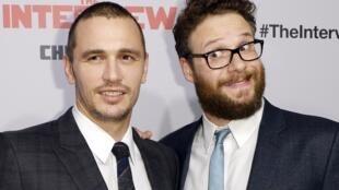 Les acteurs du film «L'interview qui tue !» James Franco (g) et Seth Rogen à Los Angeles, le 11 décembre 2014.
