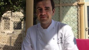 法国蔚蓝海岸埃兹小城金山羊(La Cheve d'or)餐厅厨师费耶(Arnaud Faye)