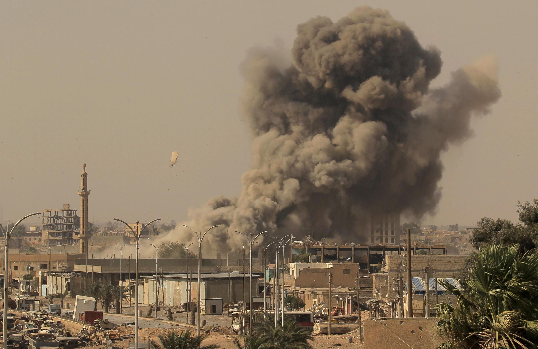 Marekani na Muungano wa vikosi vya Syria, Kiarabu na Kikurdi wanajaribu kuukomboa mji wa Raqqa kutoka mikononi mwa wapiganaji wa Islamic State.
