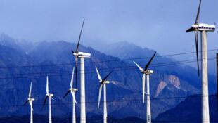 Bộ Thương mại Mỹ tố cáo Việt Nam và Trung Quốc bán phá giá các tháp điện gió