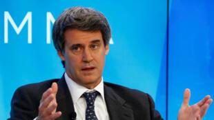 El despedido ministro de Hacienda y Finanzas argentino, Alfonso Prat-Gay, en Davos el 22 de enero de 2016.