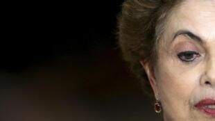 La presidenta de Brasil Dilma Rousseff en una conferencia de prensa, Brasilia, el 16 de marzo de 2016.