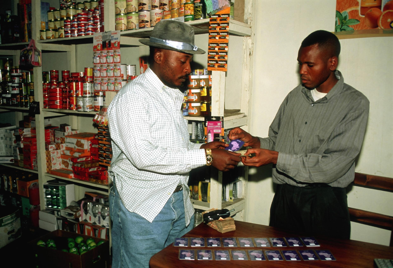 A Goma, dans une boutique de téléphones portables.