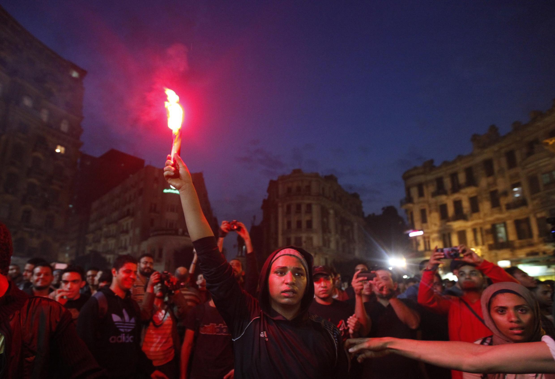 Biểu tình ở ngoại ô Cairo, Ai Cập, phản đối đạo luật hạn chế biểu tình, ngày 27/11/2013