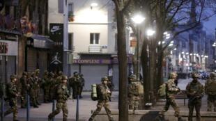 Operação militar de envergadura em Saint Denis, perto de Paris