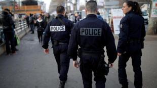 França reforça segurança depois de atentado em Berlim