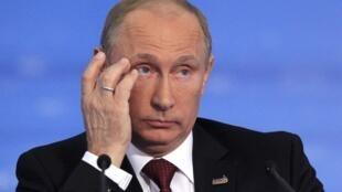 លោកពូទីន (Vladimir Poutine) ប្រធានាធិបតីរុស្ស៊ី
