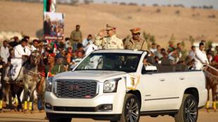 Командующий Национальной армией Ливии Халифа Хафтар на параде в Бенгази, 7 мая 2018 г.