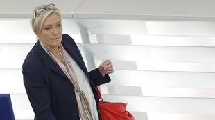 La président du Front national Marine Le Pen, le 17 décembre 2015 au Parlement européen à Strasbourg.