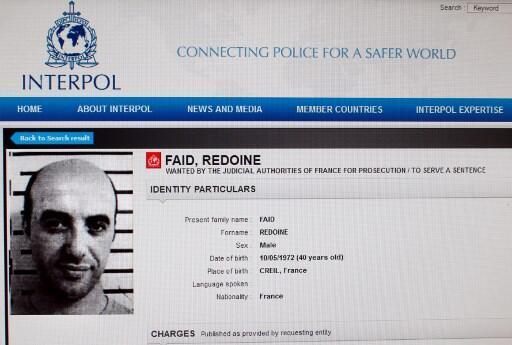 O criminoso Redoine Faid escapou de helicóptero da prisão onde estava detido.
