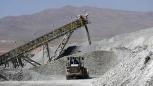Escondida, la plus grande mine de cuivre au monde, se trouve à 1 545 km au nord de Santiago, au Chili.