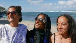 Maya Kamaty, Katy Toave de Simangavole et Ananda Devi Peters de Tapkal à l'île de La Réunion.