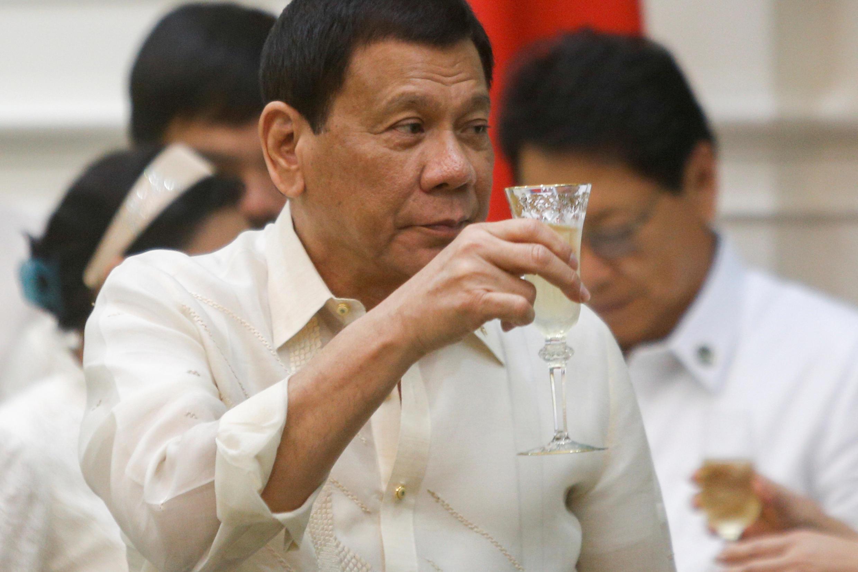 El presidente  Rodrigo Duterte en diciembre  2016 durante un viaje oficial