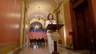 Bà Nancy Pelosi, chủ tịch Hạ Viện Mỹ trong buổi họp báo ngày 05/12/2019.