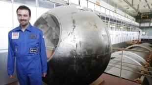 Romain Charles um dos voluntários escolhidos para participar da viagem fictícia a Martes.