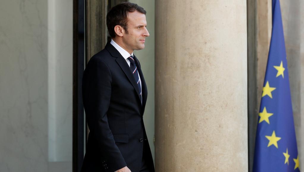 18日,法国新总统马克龙在爱丽舍宫