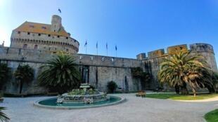 Saint-Malo tổ chức kỷ niệm 250 năm ngày sinh của Chateaubriand
