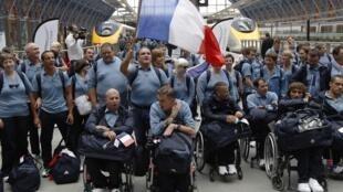 Сборная Франции на вокзале в Лондоне, 25 августа 2012 года