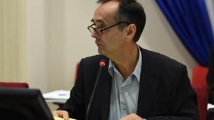 Robert Ménard at a Béziers town council meeting