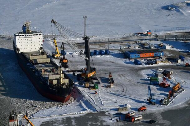 北极圈亚马尔半岛喀拉海的俄建港口Sabetta。图片摄于2015年4月16日
