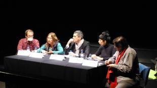Debate de jornalistas de cinema e cultura no festival com (da esq.para a dir.)  Angel Quintana, Ivonete Pinto, José Vieira Mendes, Letícia Constant e António Loja Neves.
