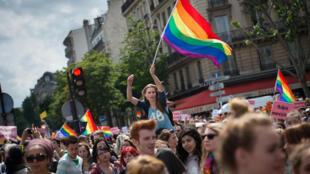 За пять лет около 40 тысяч однополых пар заключили браки во Франции