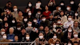 日本加強控制新冠狀病毒