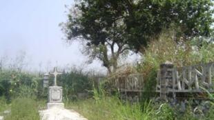 Le cimetière franco-allemand de Wahala.