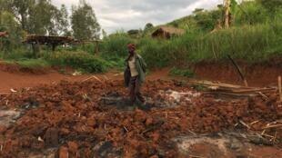 Nyapala, un village du groupement Irokpa, a été attaqué et en partie brûlé en mars dernier, en Ituri, RDC.
