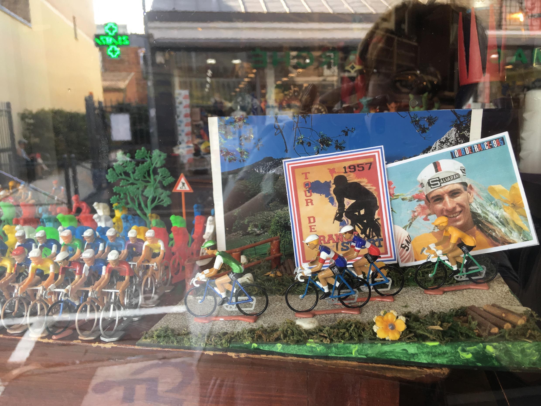Фигурки велосипедистов интересуют главным образом коллекционеров.