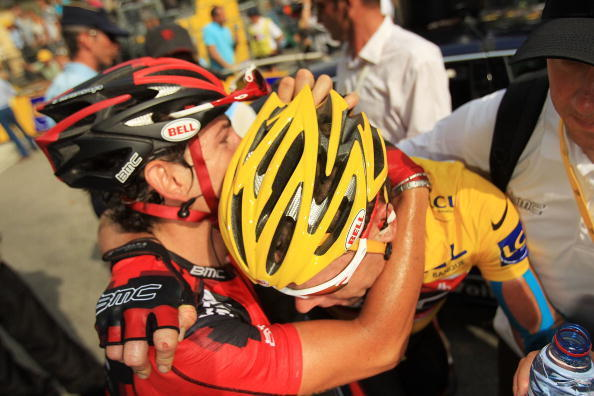 Tour de France 2010, Cadels Evans est en larmes après l'étape de Saint Jean De Maurienne, il a perdu tout espoir de remporter cette édition.
