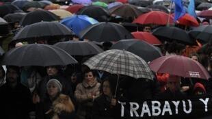 Une manifestation contre le chômage et la précarité à Gijon, dans le nord de l'Espagne, le 1er mai 2013