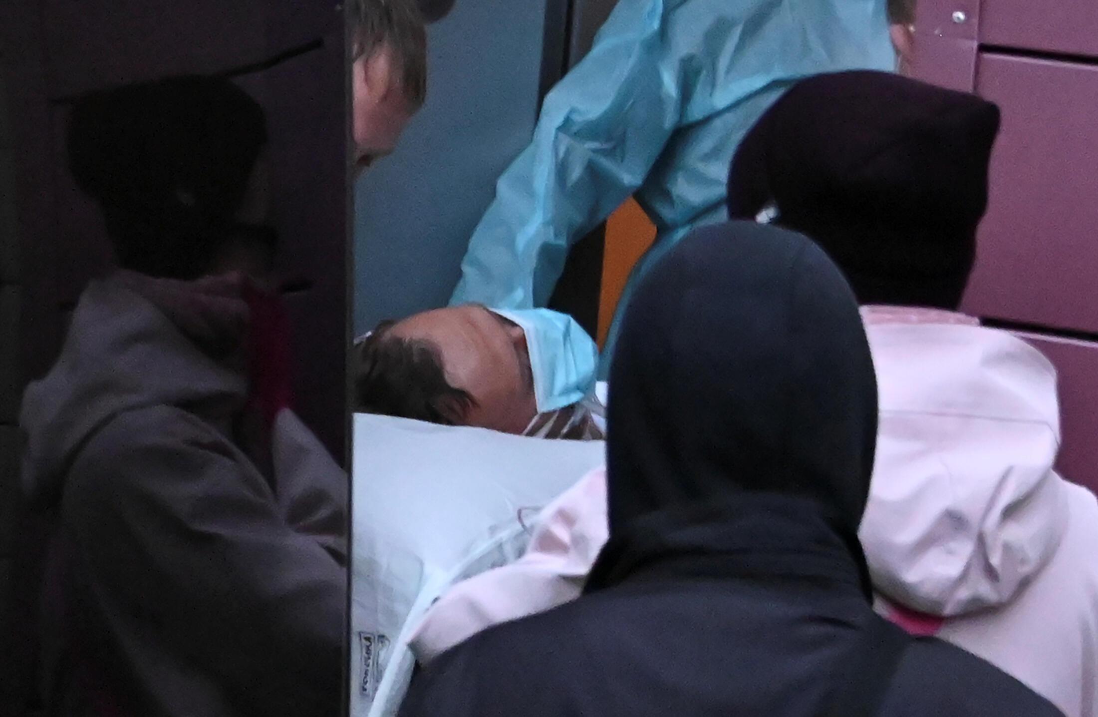 L'opposant russe Alexeï Navalny, gravement malade, est arrivé samedi matin à bord d'un avion médicalisé à l'aéroport Tegel de Berlin pour y recevoir des soins, a constaté Reuters, présent sur place.