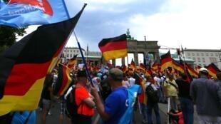 Biểu tình của đảng AfD chống chính sách nhập cư của thủ tướng Đức Angela Merkel, Berlin, ngày 27/05/2018