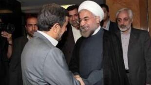 Махмуд Ахмадинежад и Хасан Рухани - встреча 18/06/2013 (архив)