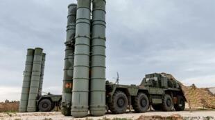 俄罗斯S-300反导弹防空系统