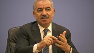 El primer ministro palestino, Mohammed Shtayyeh, durante una conferencia de prensa en Ramala, el 9 de junio de 2020