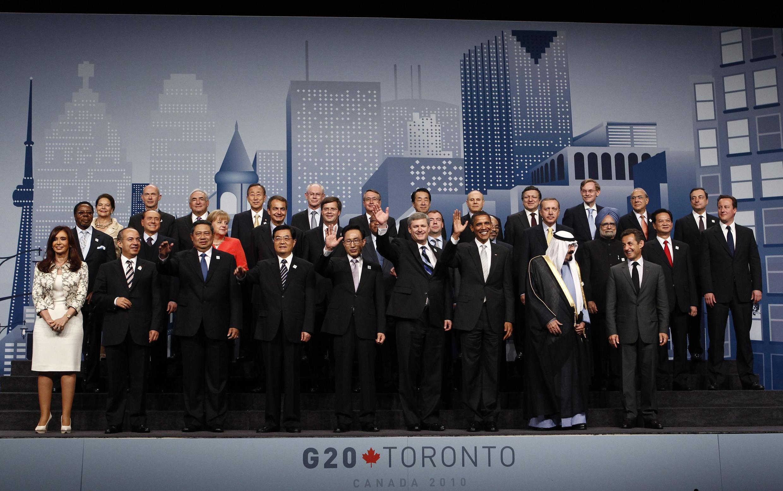 Лидеры Большой двадцатки на саммите в Торонто 27 июня 2010 года