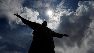 Le Christ Rédempteur qui surplombe la ville de Rio de Janeiro au Brésil (photo d'illustration).